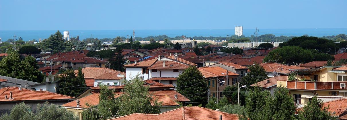 borgodelponte_massa_carrara_vista_mare_marina_di_massa