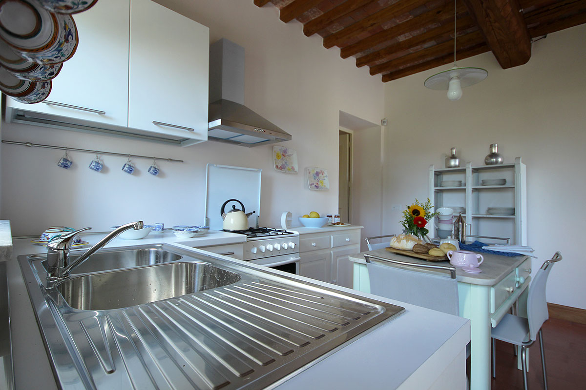casa_vacanza_borgo_del_ponte_appartamento_cantina_03