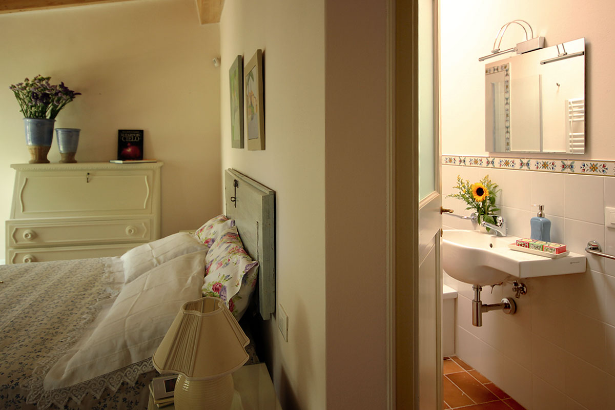 casa_vacanza_borgo_del_ponte_appartamento_cantina_05