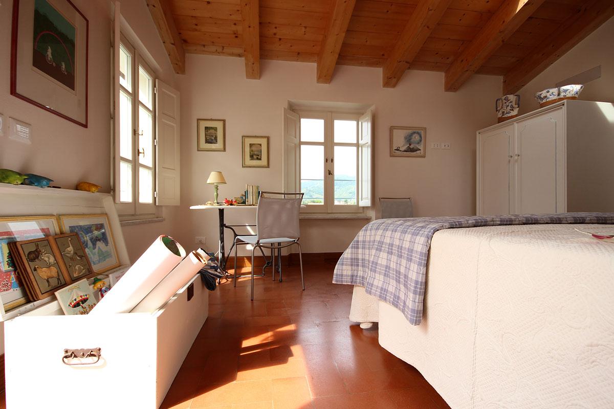 casa_vacanze_massa_carrara_appartamento_illucernario_01